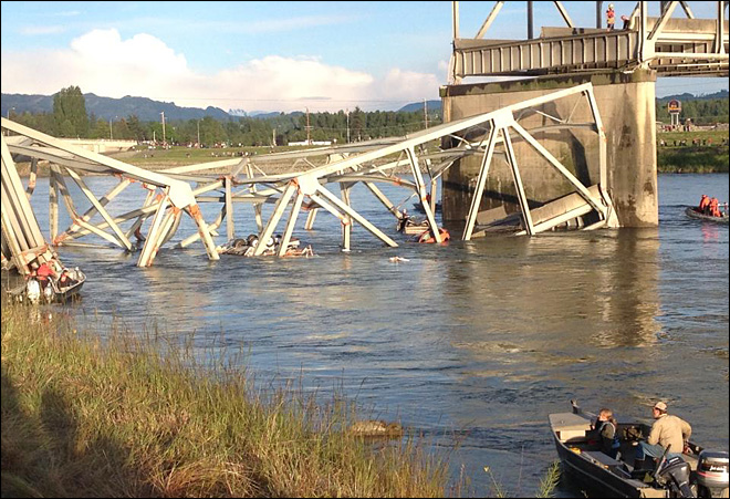 130522_bridge_collapse_2a